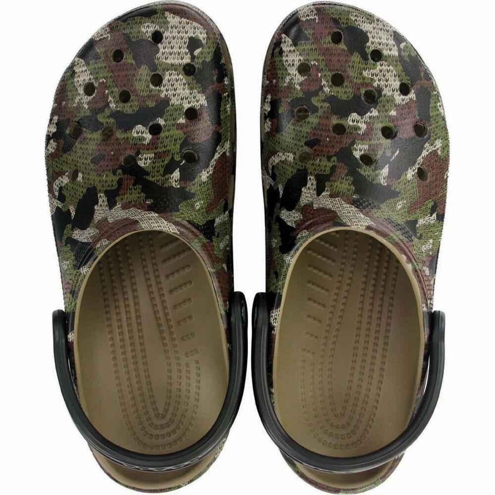 e27efc66535fb Crocs Men's Camo Classic Clog Khaki M7 / W9, Khaki, bcf_hi-res