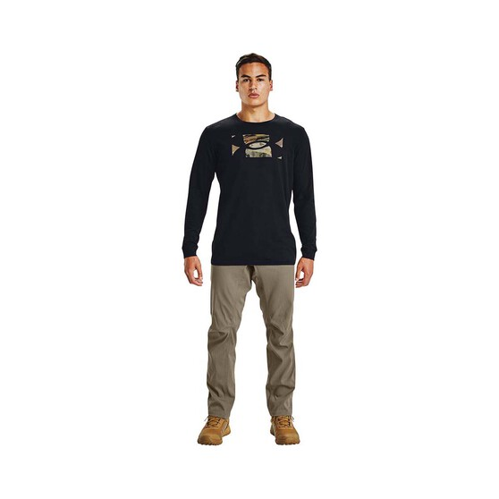 Under Armour Men's Camo Fill Long Sleeve Tee, Black / Desert Sand, bcf_hi-res
